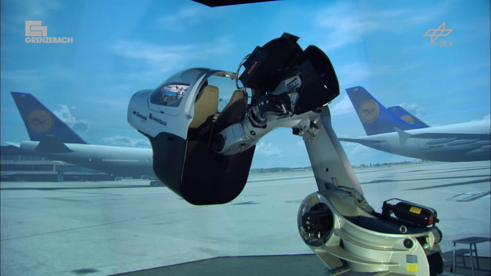 Pilot training on a robotic arm - Roboterbasierter Flugsimulator1080.mp4_20200608_110938.048.jpg
